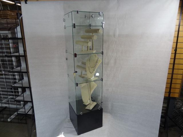 Custom Glass Gift Tower E1486924263662 640x480